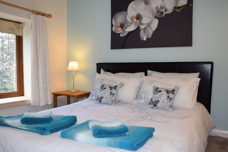 Bury Hill Farm Kingsize Bedroom